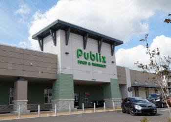 Belmont Shopping Center - CBRE OM Feb 2021_Reduced (000)